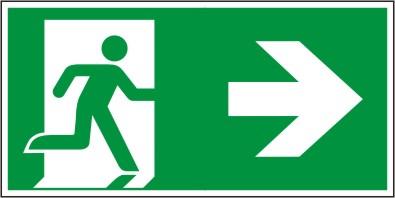 Rettungswegschild als Kombiversion zum Hinweis auf Laufrichtung nach rechts