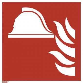 ISO 7010/F004 Mittel und Geräte zur Brandbekämpfung