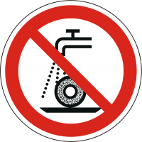 Verbotszeichen P033